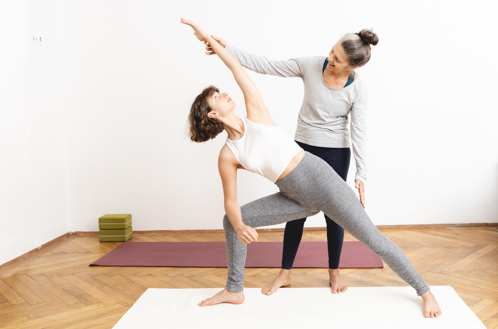 Daniela Hantsch beim Yoga in 1170 Wien